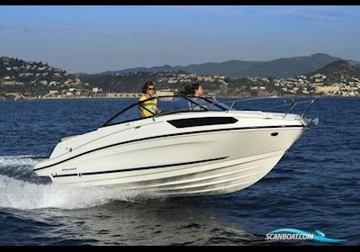 Bayliner VR5 Cuddy med Mercruiser sterndrive