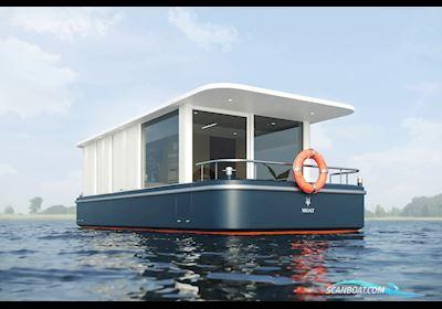 Houseboat Floating Hotel Room