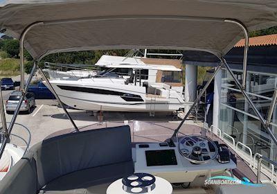 Beneteau Swift Trawler 30 Flybridge