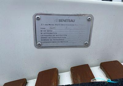 Beneteau First 305