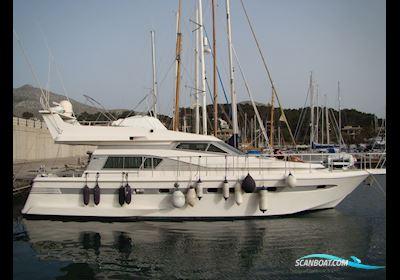 Motor boat Astondoa 50