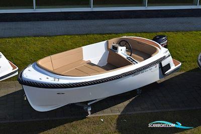 Motor boat Corsiva 565 New Age (New)