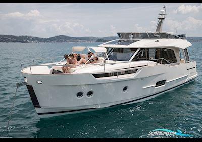 Motor boat Greenline 48 Fly