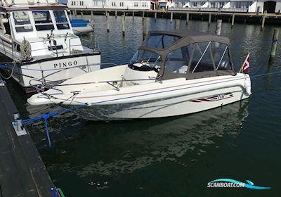 Motor boat HR 602 CC