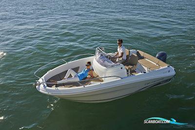 Motor boat Jeanneau Cap Camarat 5.5 CC