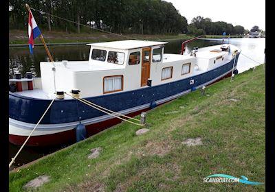 Motor boat Klipperaak Platbodem