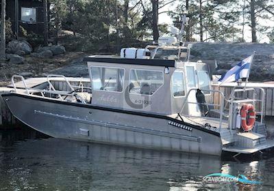Motor boat Lamor 7500 LC Cabin