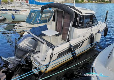 Motor boat Merry Fisher 605