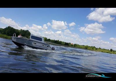Motor boat MS 550 MID CABIN