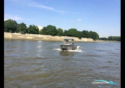 Motor boat MS C690 Fishing