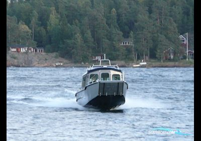 Motor boat MS C800WT