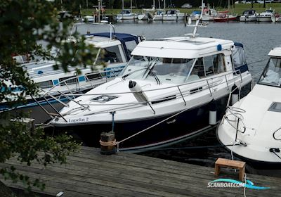 Motor boat Nimbus 320 Coupe