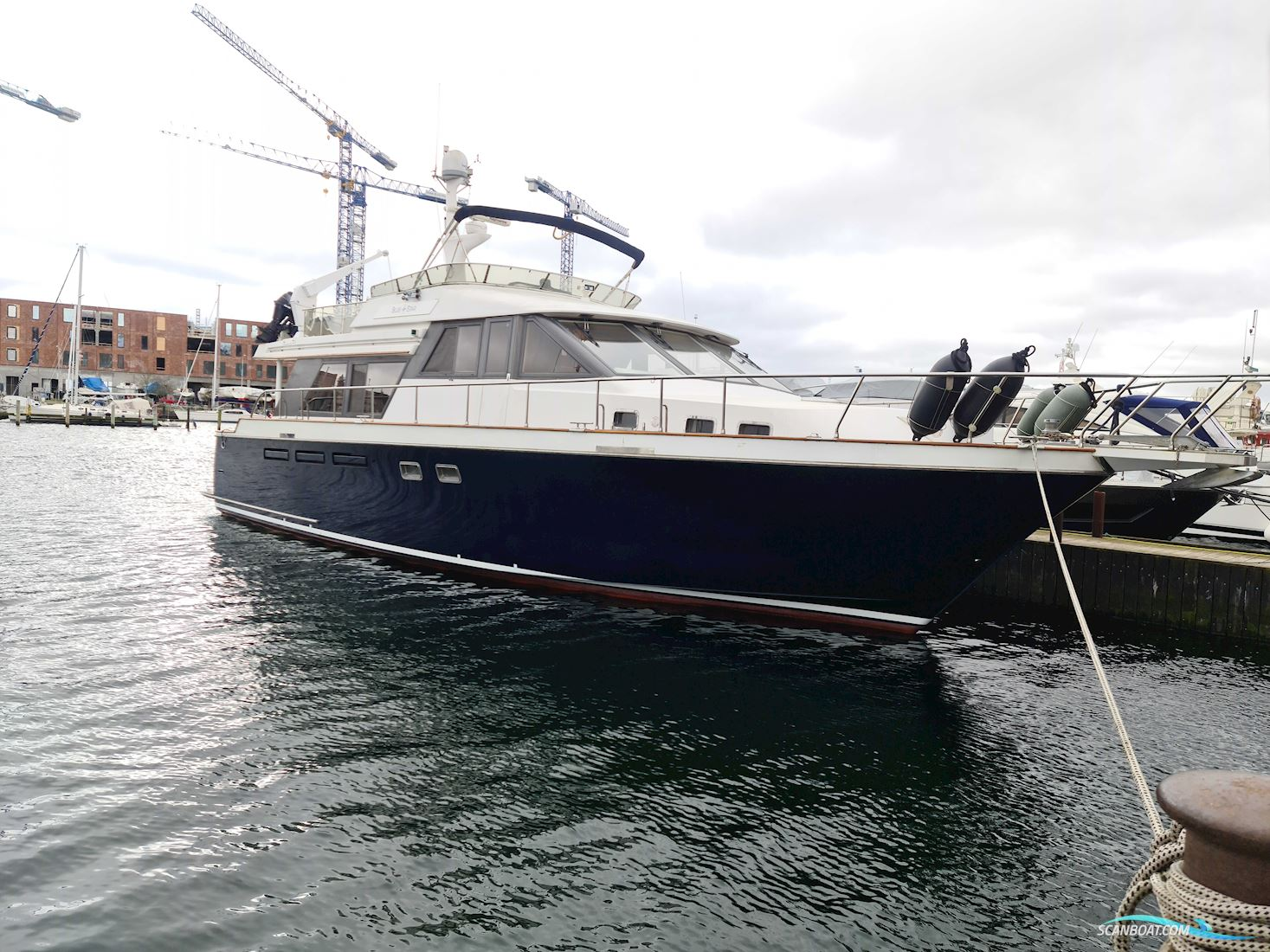Ocean Alexander 548
