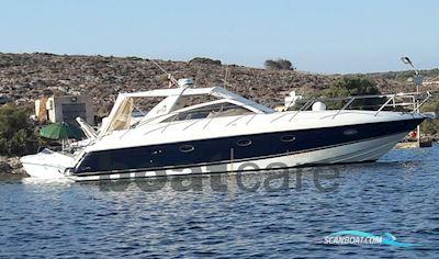Motor boat Princess V42
