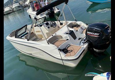 Motor boat Quicksilver Activ 525 Axess