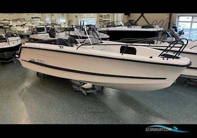 Motor boat Ryds 630 VI Mid C