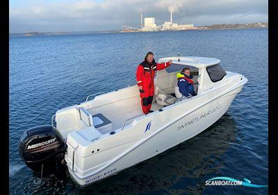 Motor boat Smartliner Cuddy 22