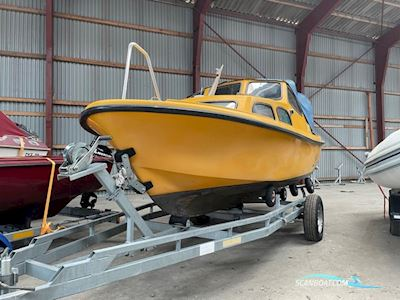 Motorbåd Adec 530