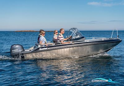 Motorbåd Buster LX