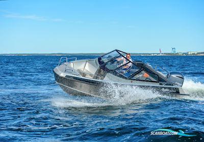 Motorbåd Buster Magnum