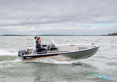 Motorbåd Buster S