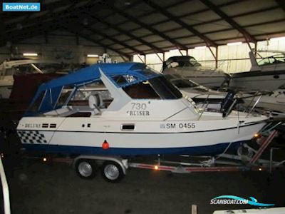 Motorbåd Cruiser Deluxe 730