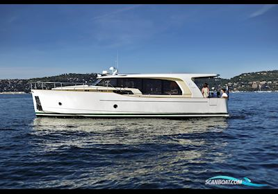 Motorbåd Greenline 40