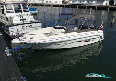 Motorbåd HR 602 CC