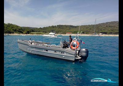 Motorbåd MS S690WT