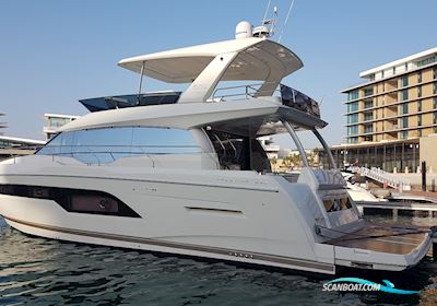 Motorbåd Prestige 630 Fly