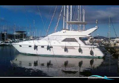 Motorbåd Princess 470 Fly