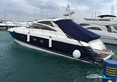 Motorbåd Princess V 48