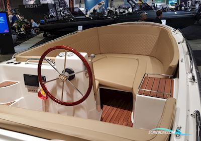 Motorbåt Corsiva / Carisma 610 Tender