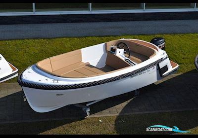Motorbåt Corsiva 565 New Age - 25 HK Yamaha/Udstyr
