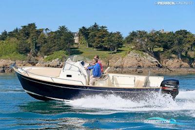 Motorbåt Rhea 27 Escapade