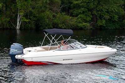 Motorboot Ny Stingray 204 LR Med Mercury 100 hk 4-Takt