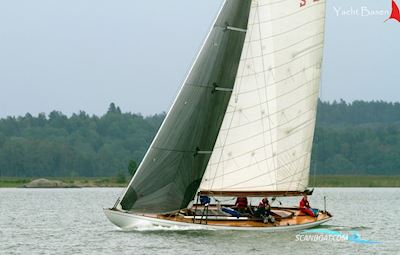Sailing boat 10 m R - Classic Yacht