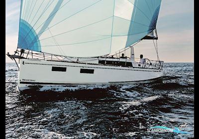 Sailing boat Beneteau Oceanis 38.1