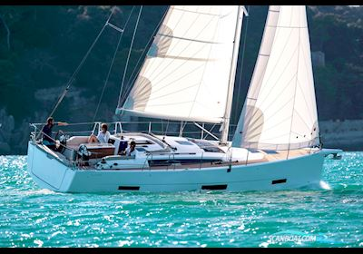 Sailing boat Dufour 390 - New 2022