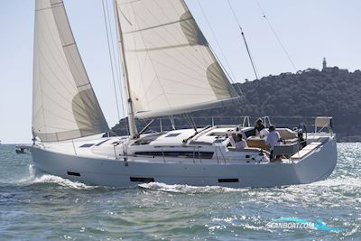 Sailing boat Dufour 430 - New 2021