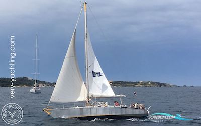 Sailing boat Dumont Carval 43