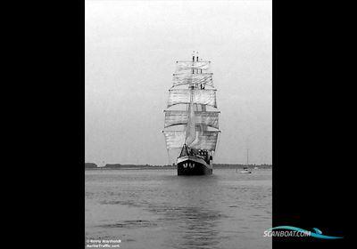 Sailing boat HOTELSCHIP Barkentijn