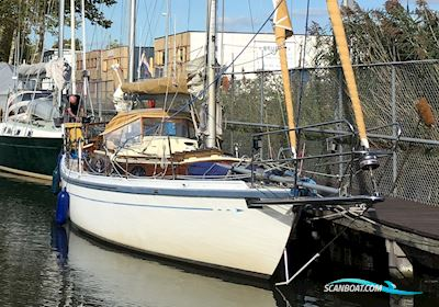 Sailing boat Maurice Griffiths Like Barbican 33