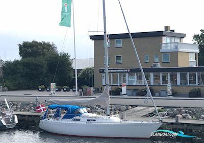 Sailing boat Omega 34