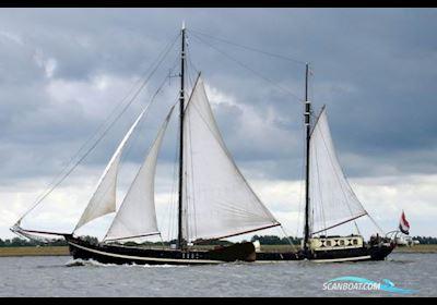 Sailing boat Zeilcharterschip Fikkers