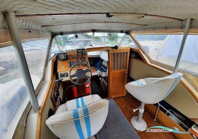 Coronet 24 Cabin