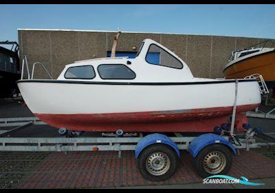 Luna 19 Motorbåd