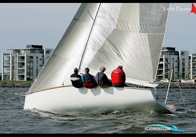 Sejlbåd Mathis 25 racer