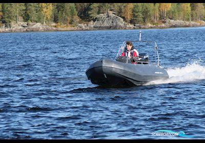 Småbåt Steady 400 by Pioner